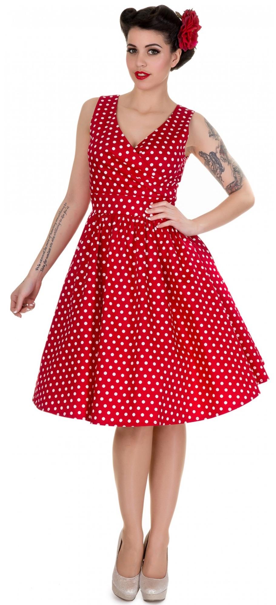 2e264ac552cf Štýlové červené retro šaty s bielými bodkami.