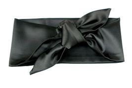 Saténová čelenka čierna