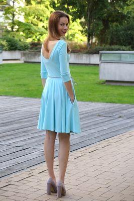 Bambusové šaty s výstrihom Paradise blue