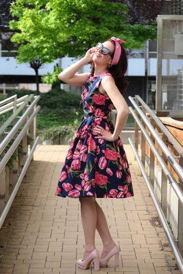 Retro šaty Tulip