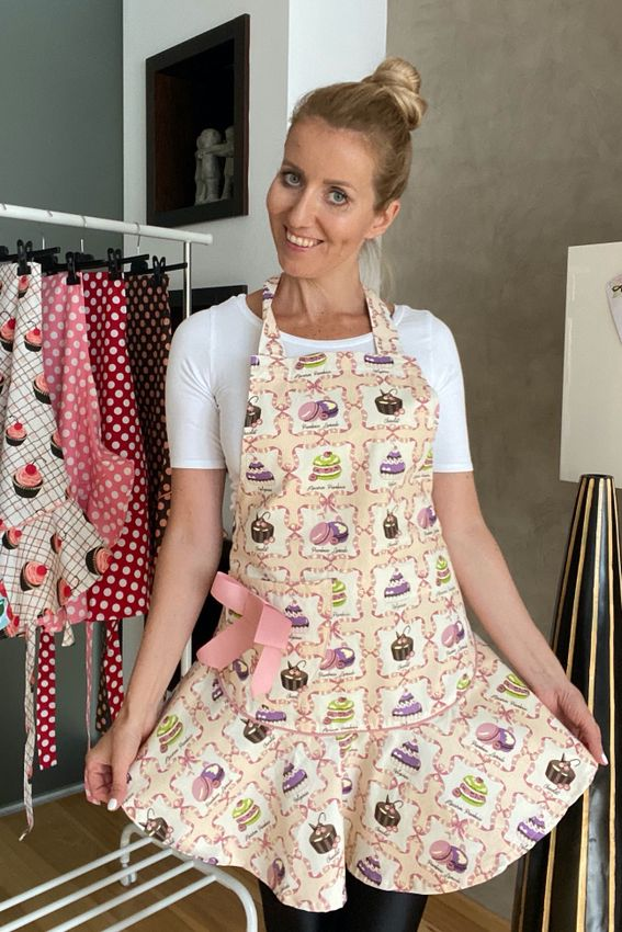 Štýlová zástera dámska Pastries Jessie Steele