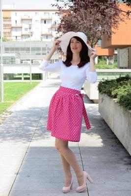 Zavinovacia sukňa bodkovaná Retro cyklamenová
