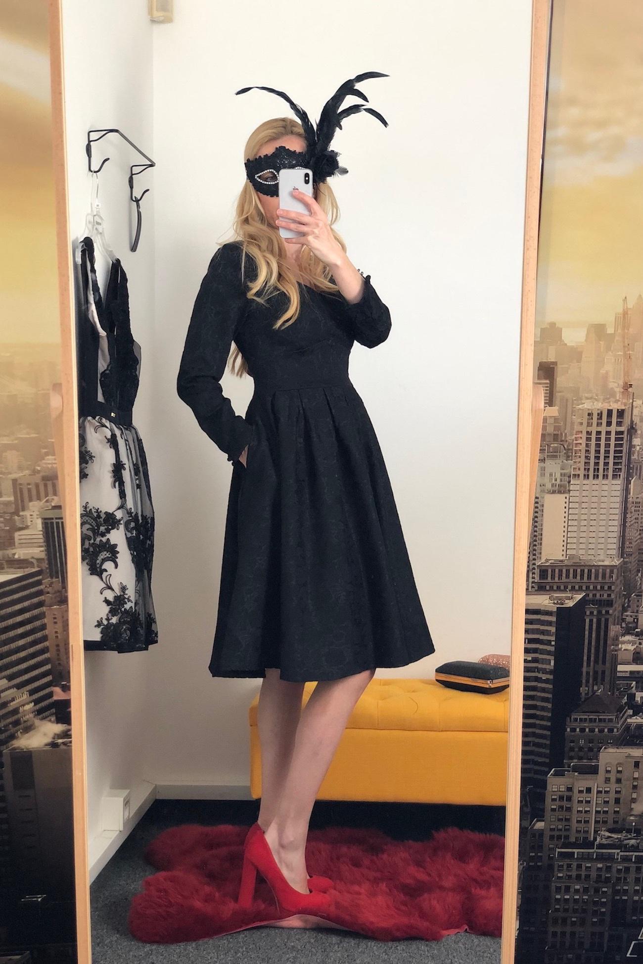 Retro čierne damaškové šaty Hana dfa9df2ad3a
