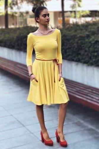 Žlté bambusové šaty s výstrihom Palculienka